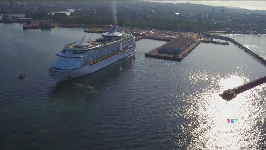 cruise ships 1 4724890 1627398596365.