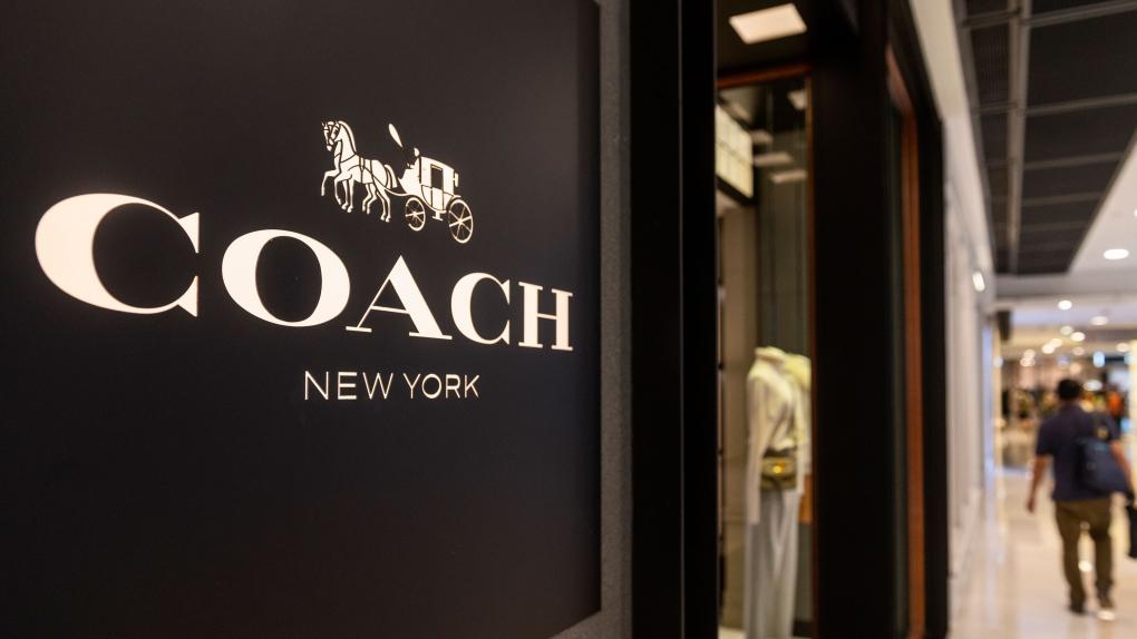 Coach de marca de lujo dejará de destruir bienes no deseados tras la indignación de TikTok