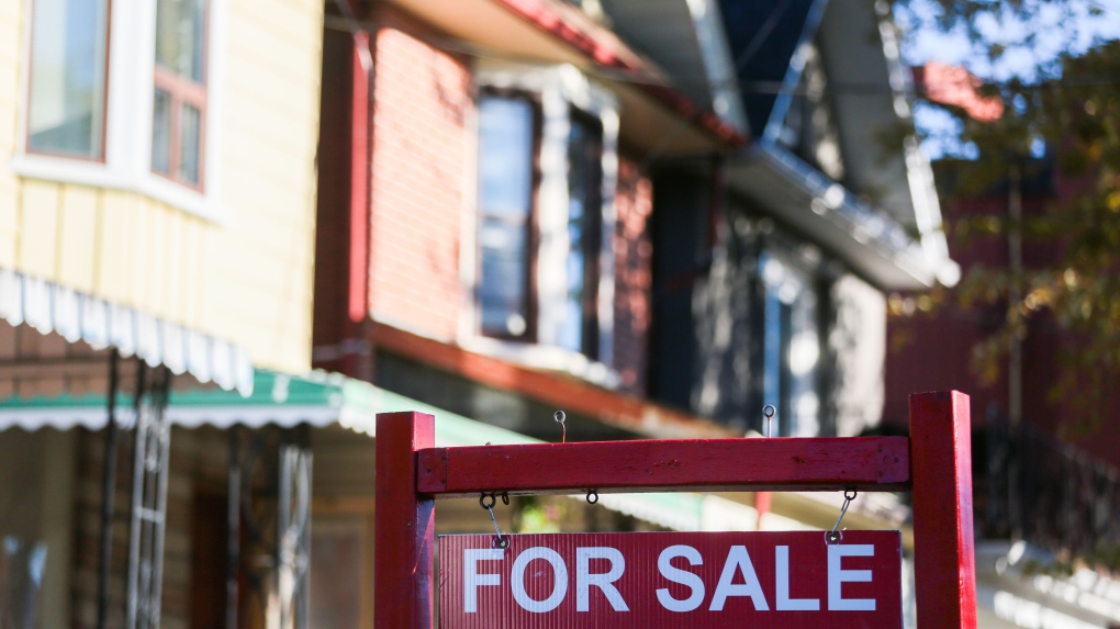 Canadian homebuyers pile into variable loans, blunting impact of rising fixed rates