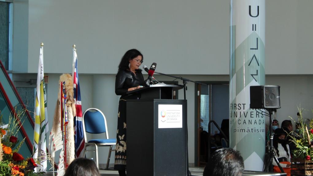 La Universidad de las Primeras Naciones de Canadá da la bienvenida al nuevo presidente.