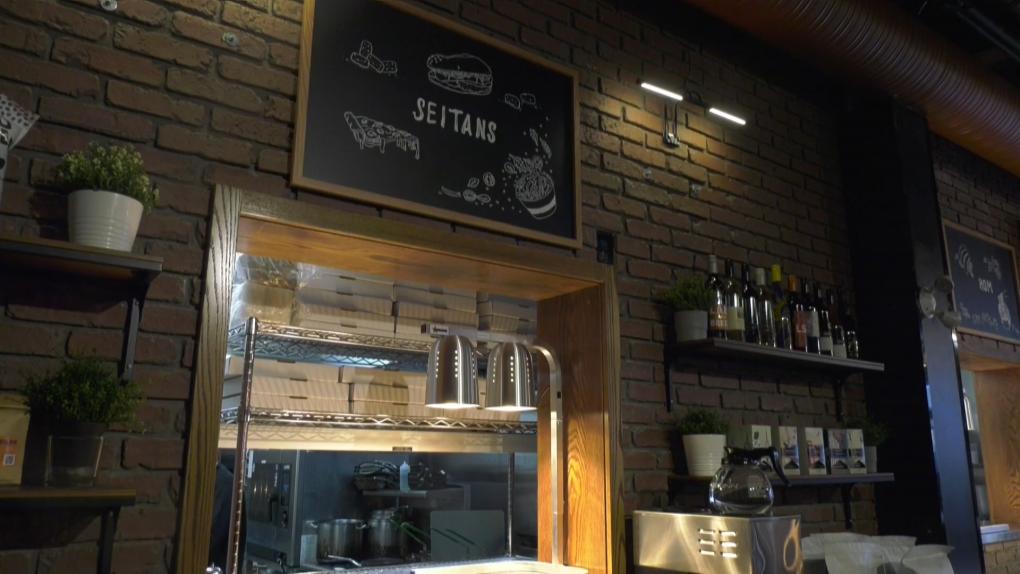 Nueva experiencia gastronómica en Edmonton: 5th Street Food Hall de JustCook Kitchens