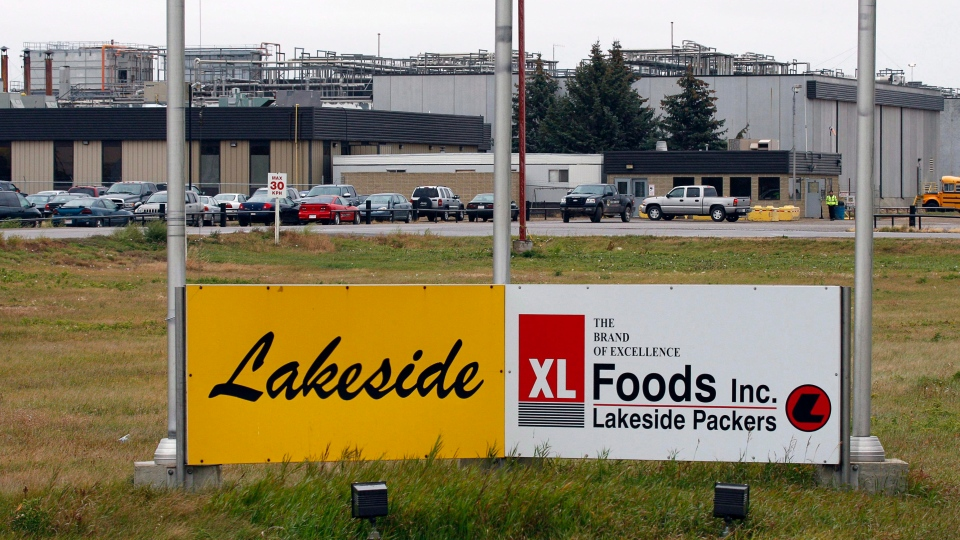 The XL Foods cattle processing plant is shown in Brooks, Alta., Wednesday, Oct. 10, 2012. (Jeff McIntosh /THE CANADIAN PRESS)