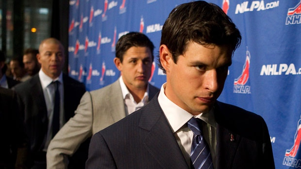 Sidney Crosby leaves a press conference following collective bargaining talks in Toronto on Thursday, Oct. 18, 2012. (The Canadian Press/Chris Young)