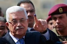 Palestinian President Mahmoud Abbas votes