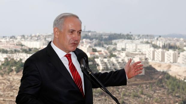 Benjamin Netanyahu visits Gilo, east Jerusalem.