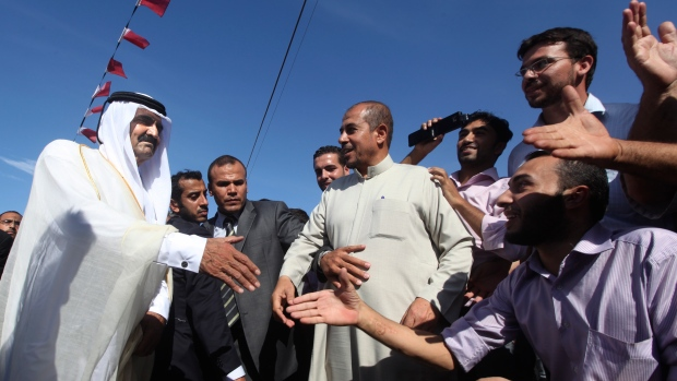 Qatari emir urges divided Palestinian factions