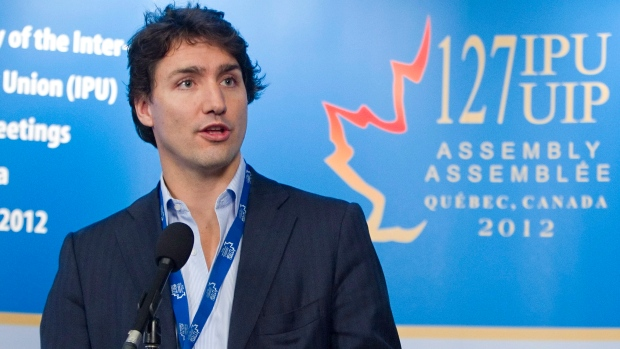 Justin Trudeau takes on PQ's language laws