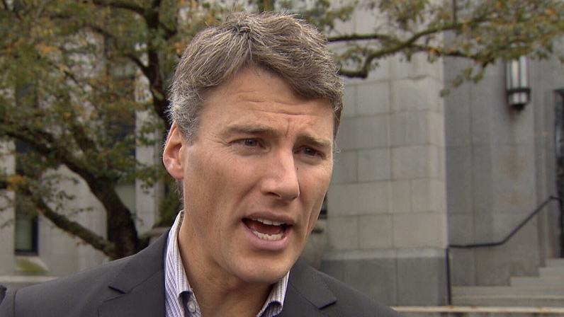 Vancouver Mayor Gregor Robertson discusses earthquake preparedness after a 7.7-magnitude quake hit the province's northwestern coast on Saturday. October 28, 2012. (CTV)