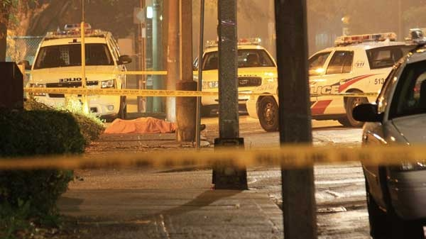 Police responded to a call about gunshots near Regent Park at 3:00 a.m. Monday morning, and discovered a male victim lying on the sidewalk. (CP24)
