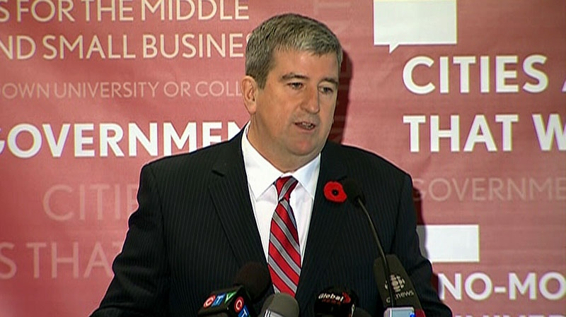 Former Ontario cabinet minister Glen Murray announces his candidacy for the leadership of the Ontario Liberal Party in Toronto on Sunday, Nov. 4, 2012.