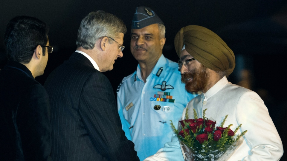 Prime Minister Stephen Harper arrives in Agra, India on Sunday, November 4, 2012. (Sean Kilpatrick / THE CANADIAN PRESS)