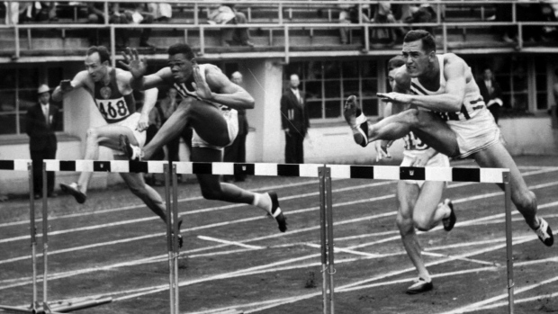 Milt Campbell, centre, on July 26, 1952.