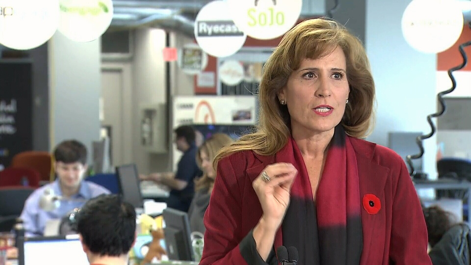 Former minister Sandra Pupatello announces her Liberal leadership bid, and tells the press it is an honour to put her name forward.