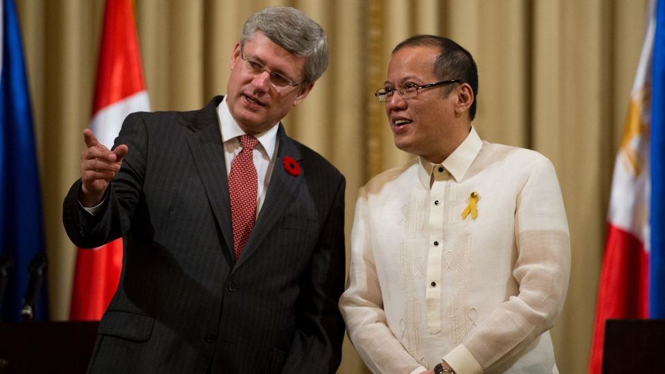 Prime Minister Stephen Harper takes part in a joint press conference with Philippine President Benigno Aquino at Malacanan Palace Manila, Philippines on Saturday, Nov. 10, 2012. (Sean Kilpatrick / THE CANADIAN PRESS)