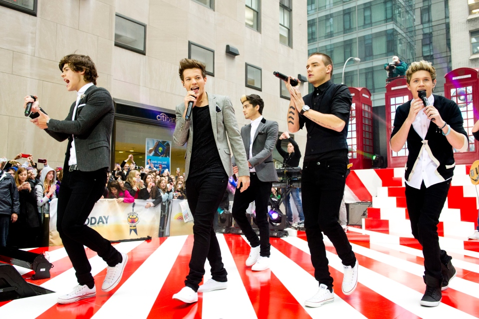 One Direction members, from left, Harry Styles, Louis Tomlinson, Zayn Malik, Liam Payne and Niall Horan perform on NBC's