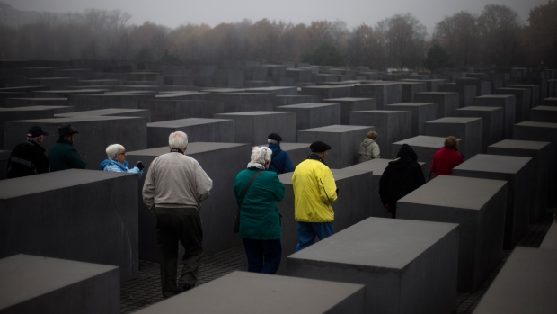 Compensation to Holocaust survivors expanded