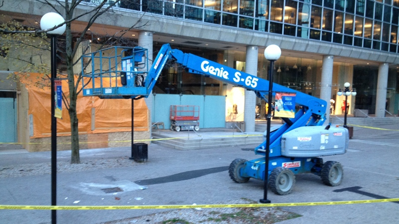 A 39-year-old man is dead after falling off this hydraulic lift early Friday, Nov. 16, 2012.