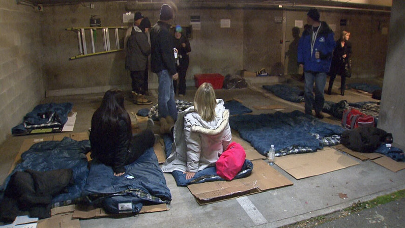 A group of people volunteered to spend the night sleeping in the cold in an effort to raise money for Covenant House. Nov. 15, 2012. (CTV)