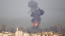 Smoke from an Israeli strike in Gaza, Nov 17, 2012