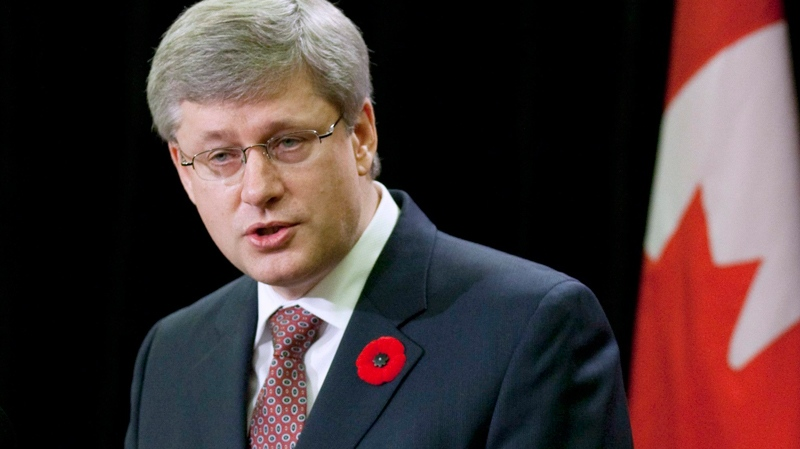 Prime Minister Stephen Harper delivers a speech on Parliament Hill in Ottawa on Monday, Nov. 8, 2010. (Sean Kilpatrick / THE CANADIAN PRESS)