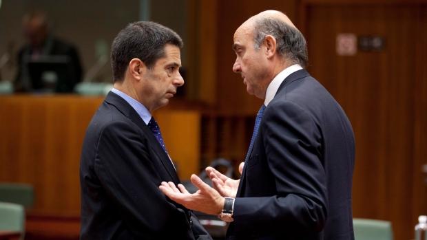 Eurozone economy shrinking while debts grow