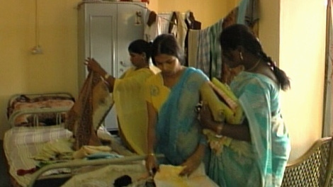 A group of Indian women in Hyderabad are paid to $6,000 each to rent their womb to western couples who cannot have children. (CTV)
