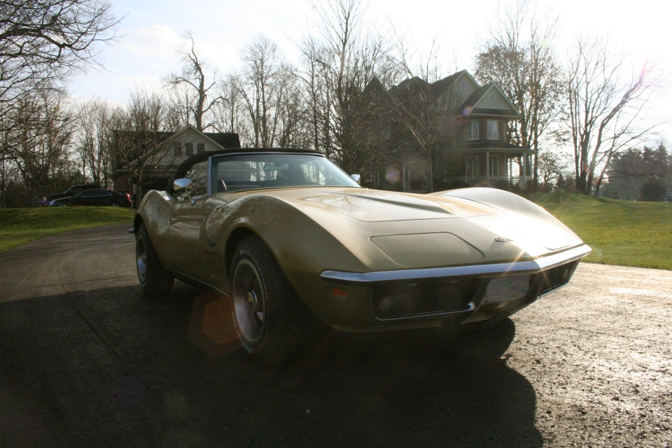 Sun reflects off the gold paint of the Corvette (Brent Jamieson / CTVNews.ca)