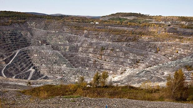 Jeffrey open-pit asbestos mine