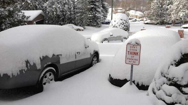 Snow covers vehicles in Keswick on Saturday, Nov. 24, 2012. (MyNews/David Gleva)