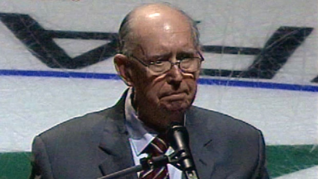 Pat Connolly, a native of Sydney, N.S., was known for his weekly newspaper columns and as the radio commentator for several hockey teams in Halifax during his 35-year career.