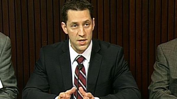 Liberal MPP David Orazietti introduces his private member's bill on Tuesday, Nov. 16, 2010.