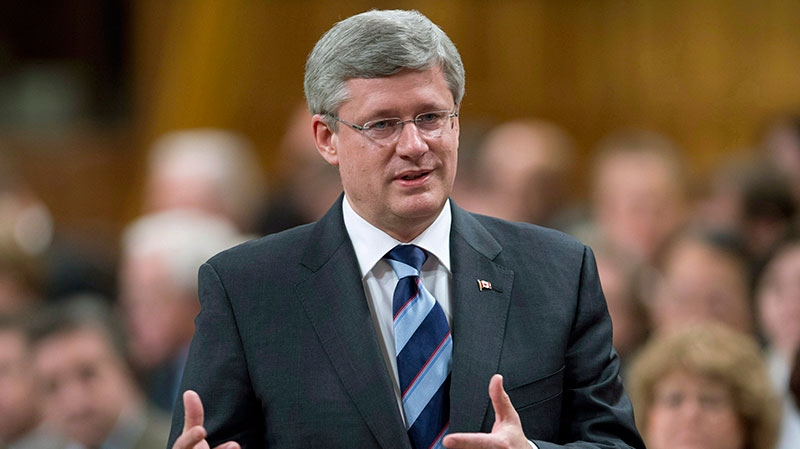 Prime Minister Stephen Harper responds to a question during question period in the House of Commons on Parliament Hill in Ottawa on Tuesday, November 27, 2012. (Adrian Wyld / THE CANADIAN PRESS)