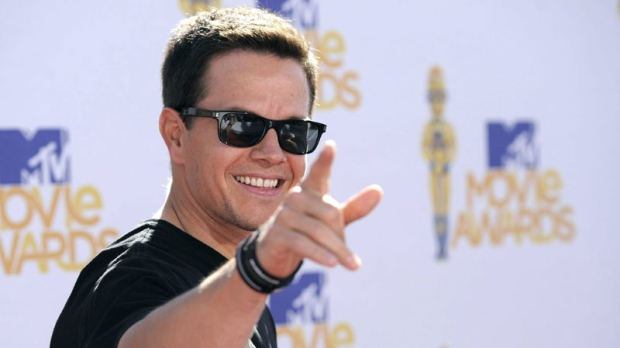 Mark Wahlberg arrives at the MTV Movie Awards in Universal City, Calif., on Sunday, June 6, 2010. (AP Photo/Chris Pizzello)