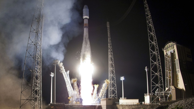 Soyuz launch from Kourrou on Dec. 2, 2012