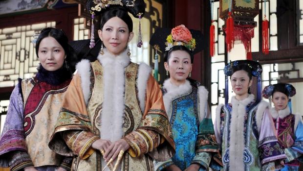 Undated photo of 'The Legend of Zhen Huan' cast.