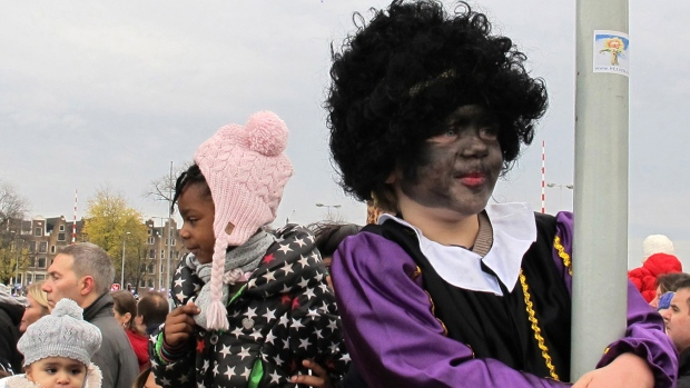 Dutch Christmas.Dutch Christmas Tradition Of Black Pete Raises Concerns Of