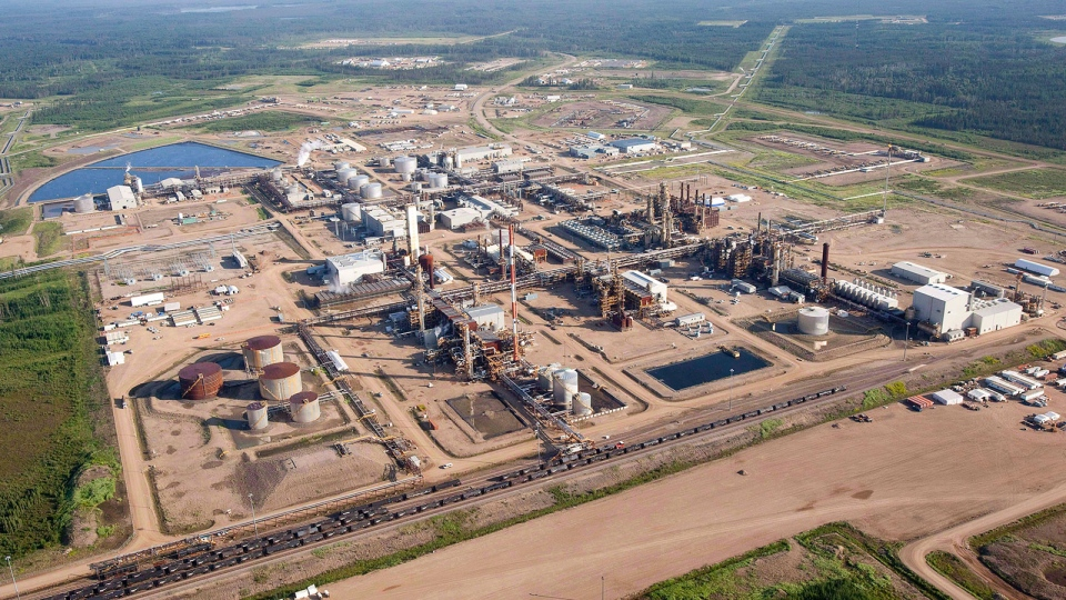 A Nexen oil sands facility seen from a helicopter near Fort McMurray, Alta., Tuesday, July 10, 2012. (Jeff McIntosh / THE CANADIAN PRESS)