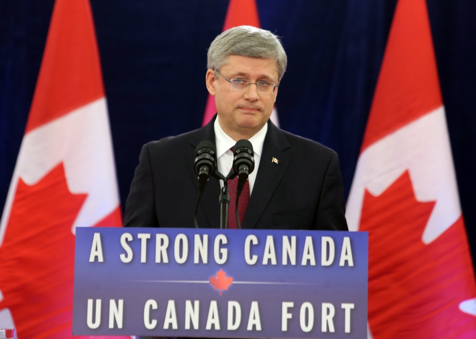 Prime Minister Stephen Harper delivers a statement regarding foreign takeover rules during a press conference in Ottawa, Friday, Dec.7, 2012.  (Fred Chartrand / THE CANADIAN PRESS)