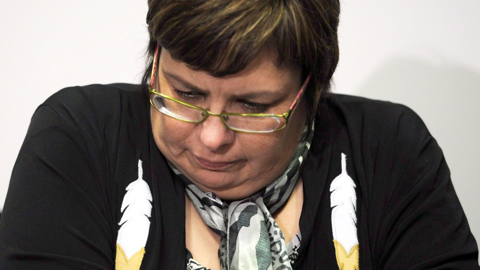 Attawapiskat chief Theresa Spence speaks during a press conference in Ottawa on Tuesday, Dec. 6, 2011. (Sean Kilpatrick / THE CANADIAN PRESS)