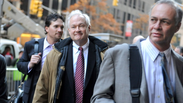 NHL Players' Association executive director Donald Fehr, center, arrives for labor talks at NHL headquarters in New York with his brother, NHLPA counsel Steven Fehr, right, in New York,  Wednesday, Nov. 21, 2012. (AP / Louis Lanzano)