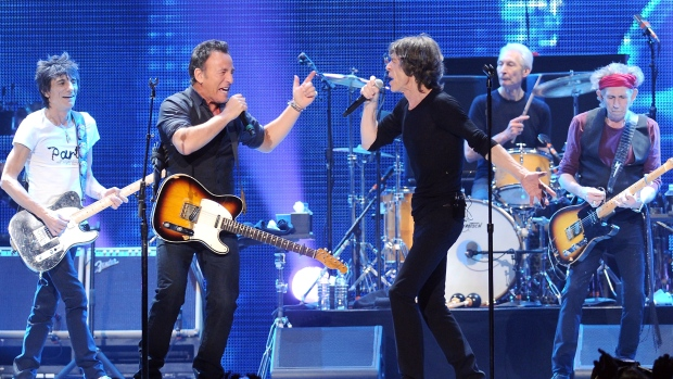 Springsteen performs with the Rolling Stones