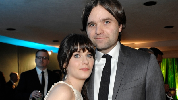 Zooey Deschanel and  Ben Gibbar finalize divorce