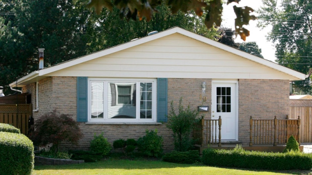 The house where OPP officer Laurie Hawkins, her husband Richard and their children Cassandra, 14, and Jordan, 12, died due to carbon monoxide is seen in Woodstock, Ont. on Thursday, Sept. 17, 2009. (Dave Chidley / THE CANADIAN PRESS)