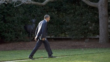Obama supports reinstating assault weapon ban