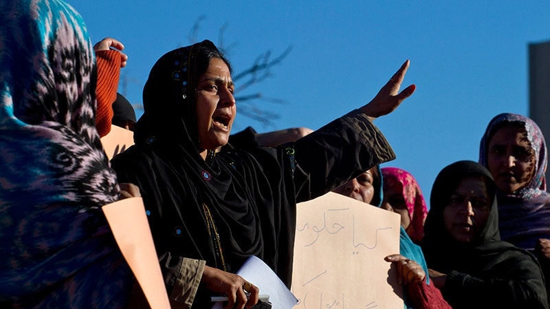 A Pakistani polio worker chants slogans during a demonstration against the killing of their colleagues, Wednesday, Dec. 19, 2012 in Islamabad, Pakistan. (AP / Anjum Naveed)
