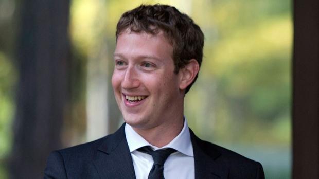 Zuckerberg donates money to charity