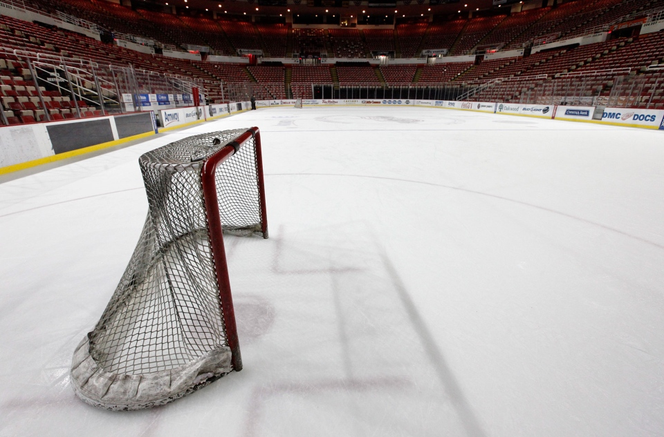 A hockey goal sits on the ice at Joe Louis Arena home of the Detroit Red Wings hockey club in Detroit, Tuesday, Dec. 18, 2012. (AP / Paul Sancya)