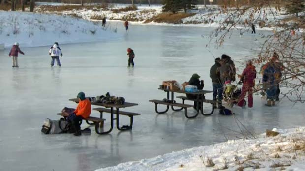 A new outdoor skating rink in Riverbend