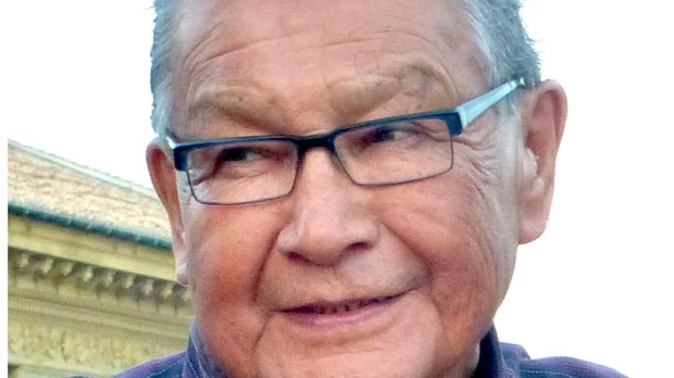 Aboriginal elder Tobasonakwut Kinew died Sunday