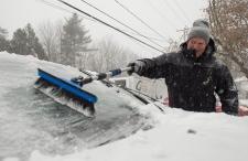Major winter storm hits eastern Canada